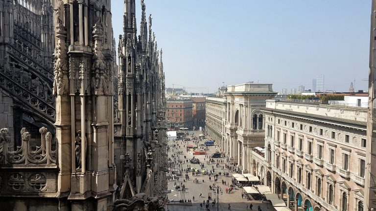 Oferta speciala de la Lufthansa: bilet avion Bucuresti - Milano