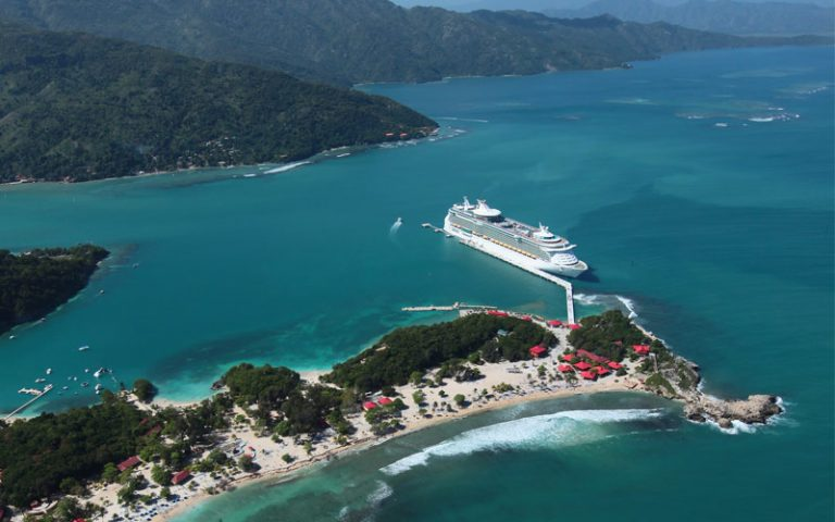 35% reducere Croaziera 2019 in Caraibele de Sud la bordul navei Navigator of the Seas - 9 nopti