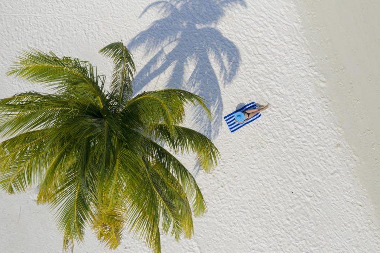 Early booking vara 2019 Maldive - Holiday Island Resort & Spa 4*