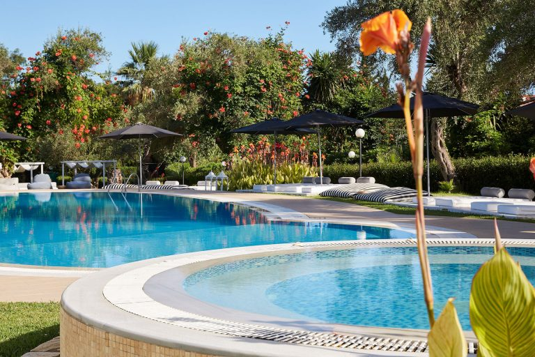 Early booking vara 2019 Corfu - Mr. and Mrs. White Corfu Hotel 4* (adults only)