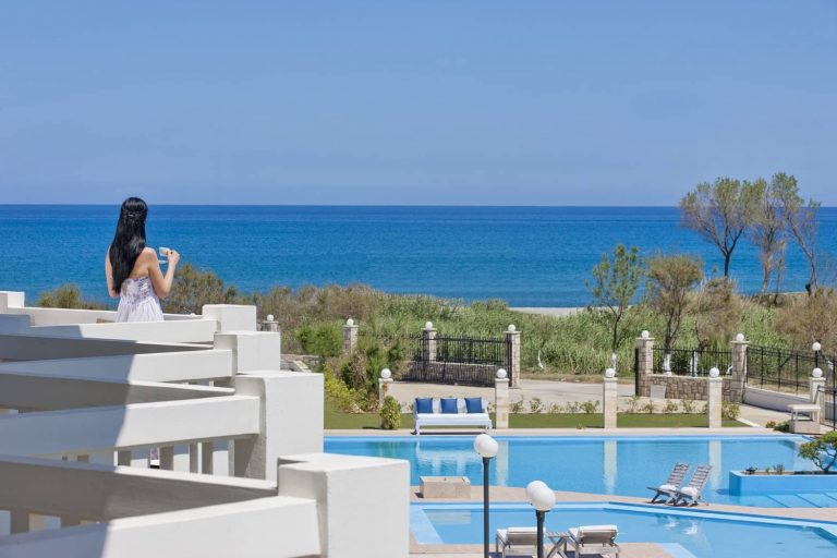 Early booking vara 2020 Creta (Chania) – Mrs Chryssana Hotel 3*