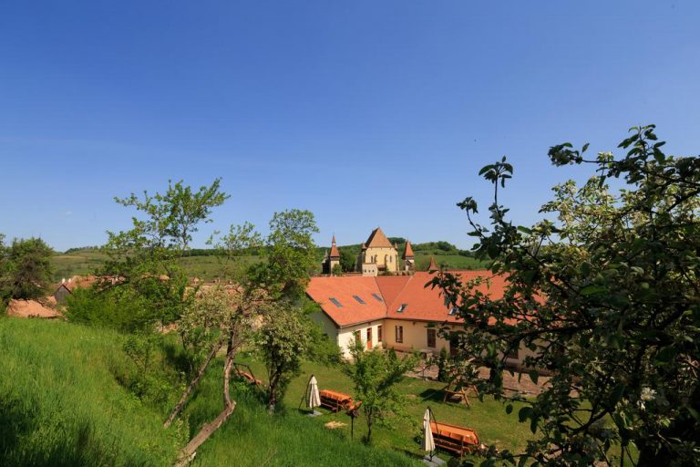 Paste 2019 in Biertan, Sibiu - Complex Medieval Unglerus 4*