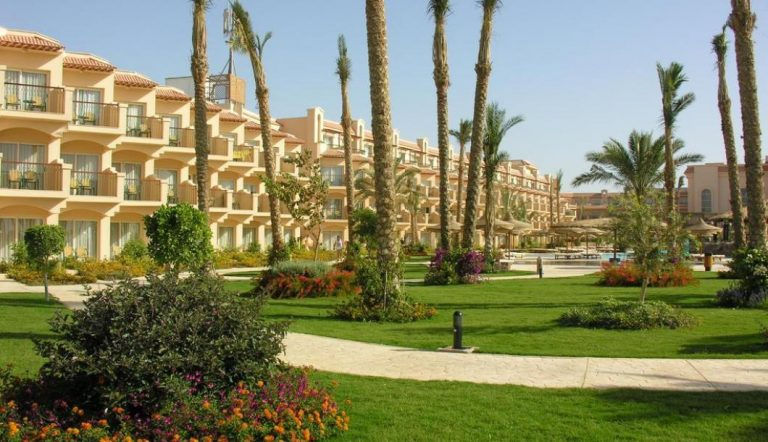 Early booking toamna Egipt - Pyramisa Sahl Hasheesh Beach Resort 5*