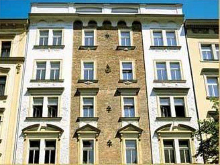 8 Martie la Praga - City Club Hotel 3*