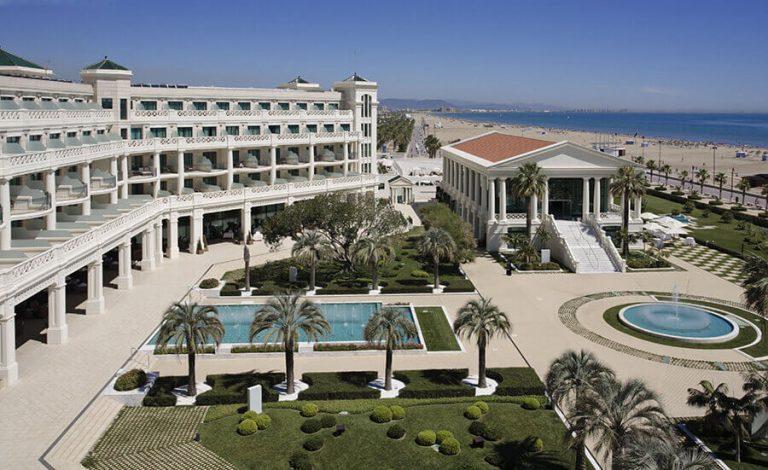 Las Arenas Balneario Resort 5*