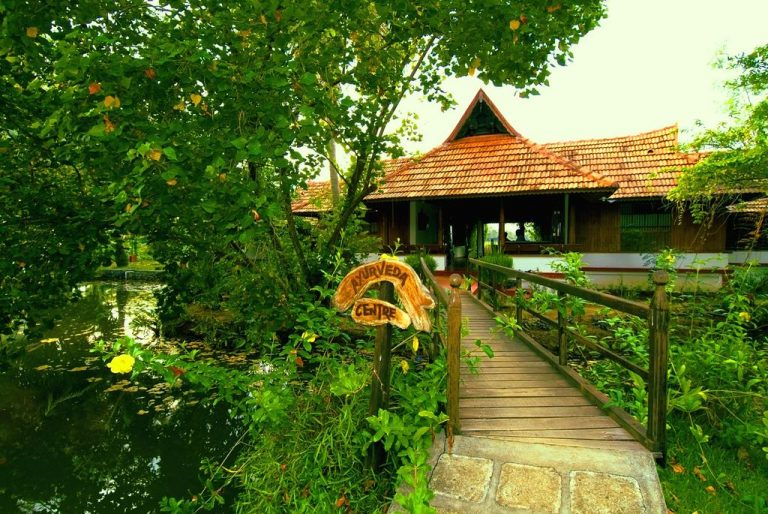 Wellness & Relax in India - Coco Lagoon by Great Mount Resort 4*