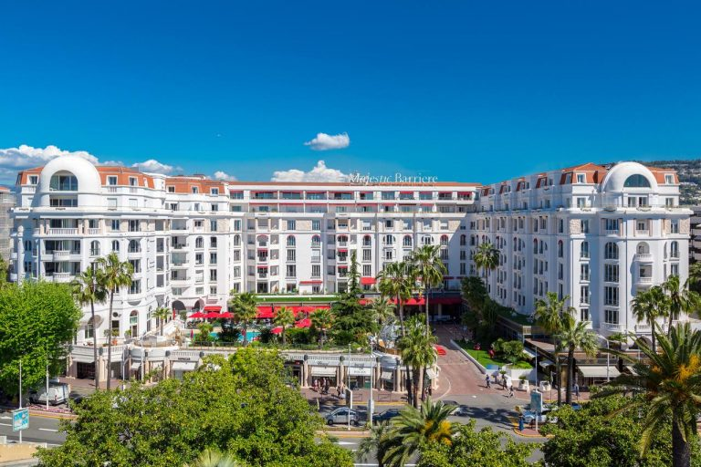 Barrière Le Majestic Cannes Hotel 5*