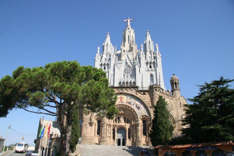 Revelion 2020 la Barcelona, orasul modernismului