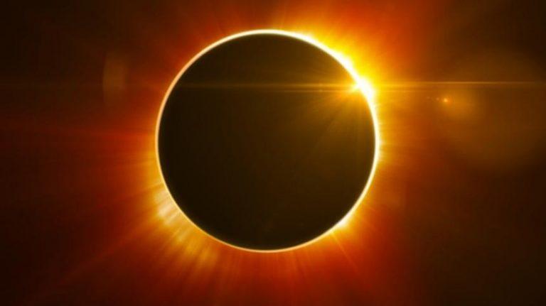 Eclipsa totala de soare 2021 in Antarctica - expeditie 22 zile
