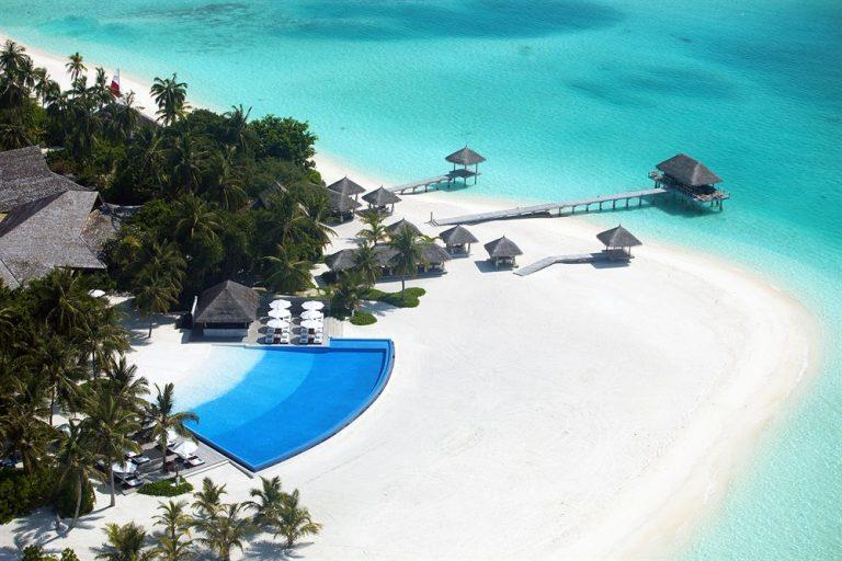 Velassaru Maldives Resort 5*