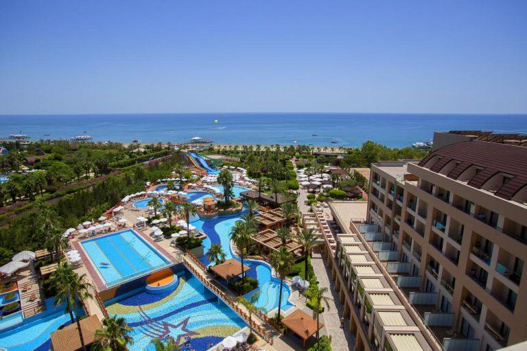 Revelion 2022 Antalya - Fame Residence Lara & Spa 5*