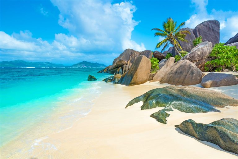 Oferta Business class de la Qatar: bilet avion Bucuresti - Seychelles