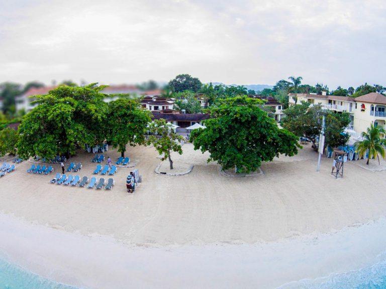 Coco La Palm Resort 3*