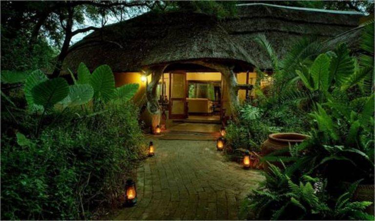 Royal Tree Lodge 4*