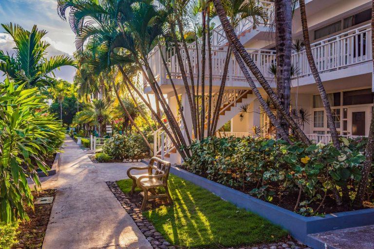 Royal Decameron Club Caribbean Resort 3*