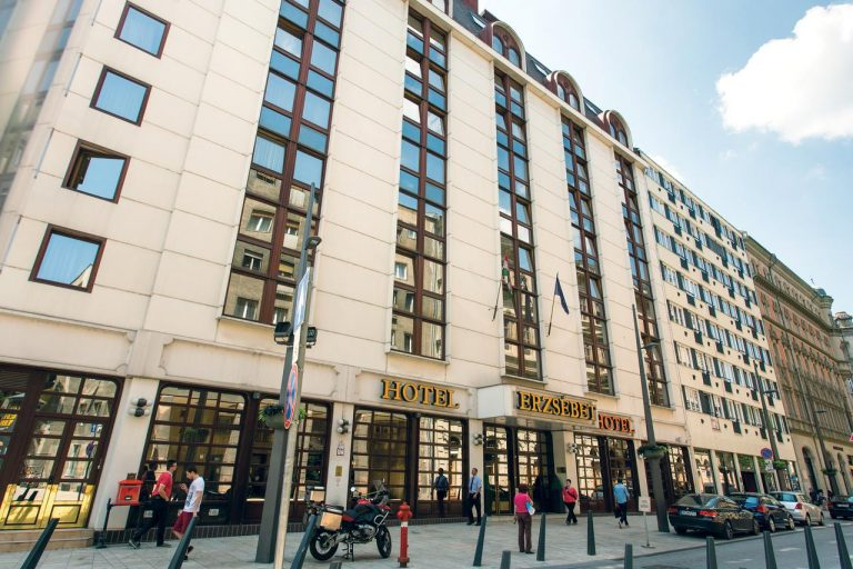 Revelion 2020 la Budapesta - Erzsebet City Center Hotel 3*