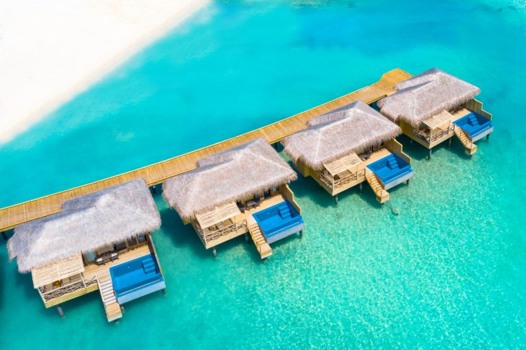 You & Me by Cocoon Resort Maldives 5*