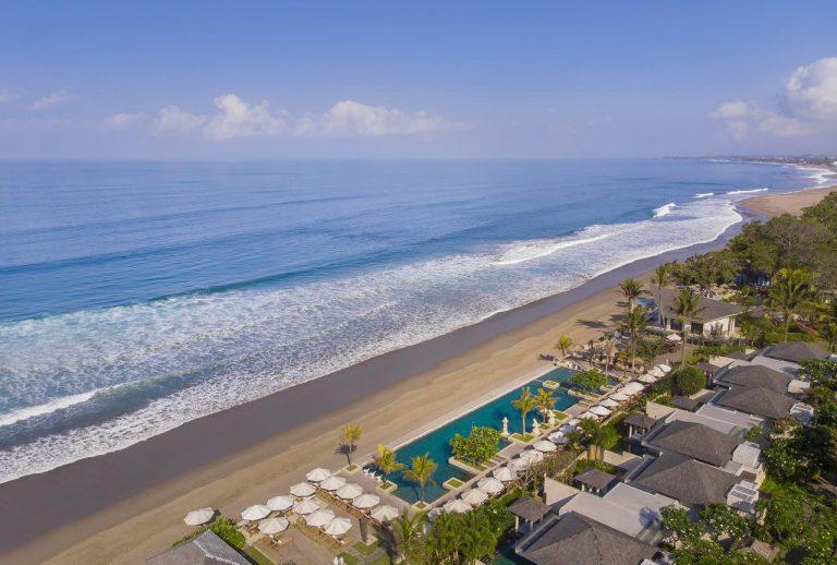 Luna de miere in Bali - The Seminyak Beach Resort & Spa 5*