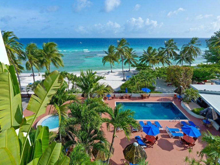 Coconut Court Beach Hotel 3*