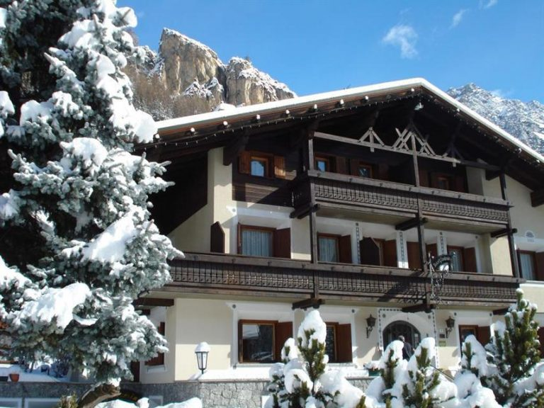 La ski in Italia - Gardenia Hotel 2* (Isolaccia) - free skipass