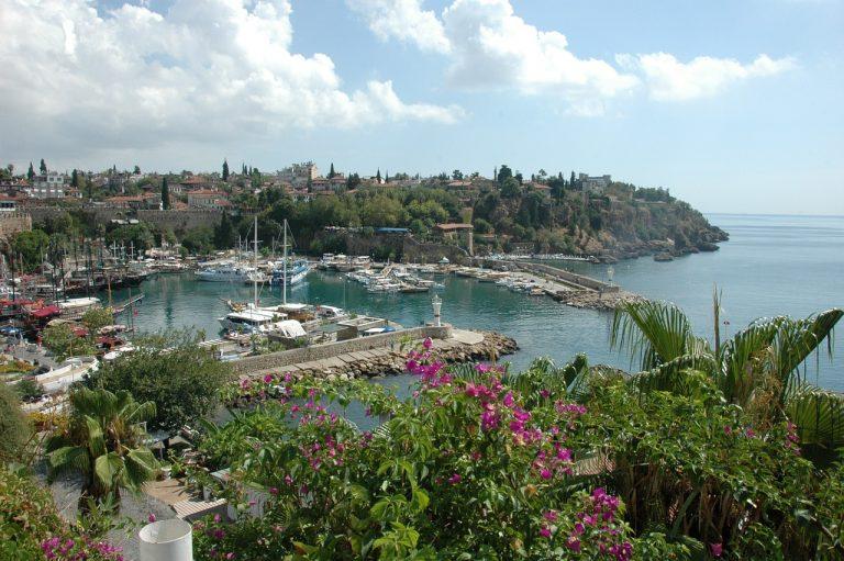 Rasfat in Antalya - hoteluri standard Side sau Alanya