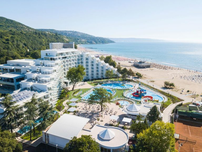 Paste 2020 in Albena - Maritim Paradise Blue Hotel & Spa 5*