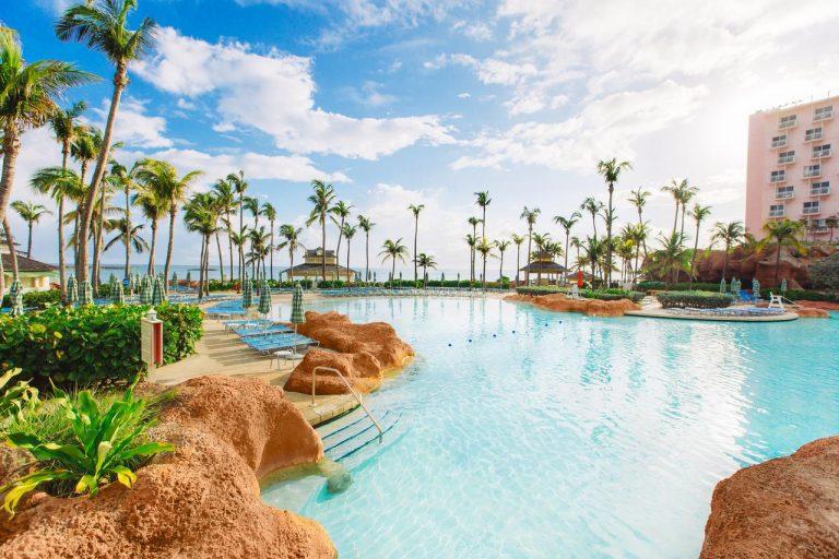 Atlantis Paradise Island - The Beach 4*