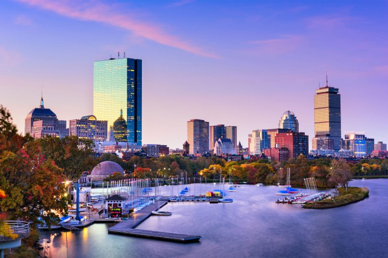 Tarife speciale de la Turkish Airlines: bilet avion Cluj-Napoca - Boston