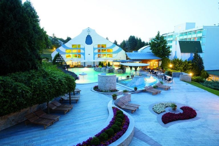 Naturmed Carbona Hotel 4*