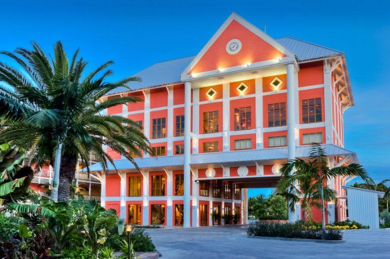 Pelican Bay Resort at Lucaya Hotel 4*