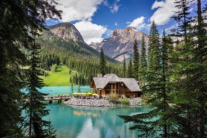 Emerald Lake Lodge 4*