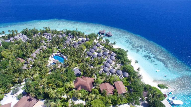 Bandos Maldives Resort 4*