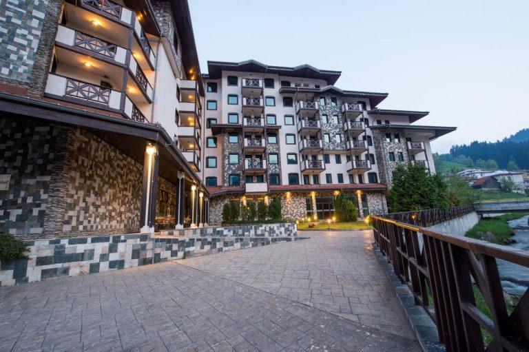 Revelion 2021 pe schiuri - Rhodopi Home Hotel 4*