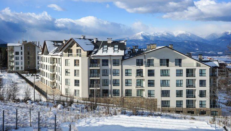 Revelion 2021 pe schiuri - Saint George Palace Aparthotel 4*