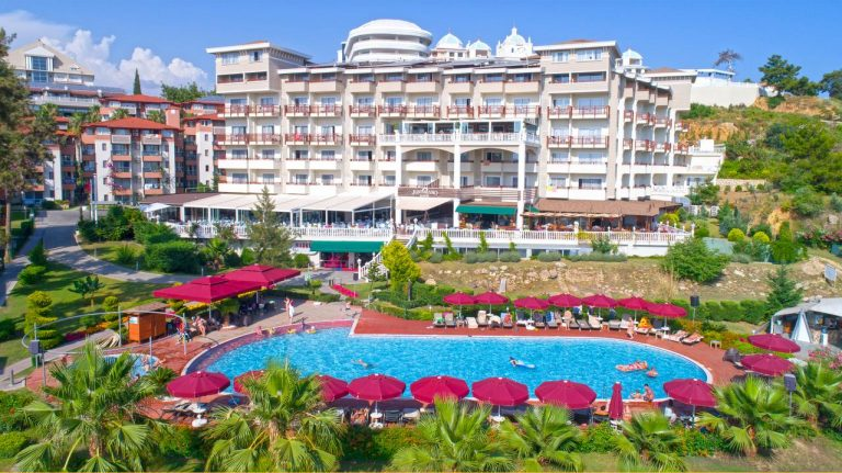 Revelion 2021 in Antalya - Justiniano Deluxe Resort 5*