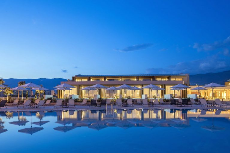 Vara 2021 Kalamata - Horizon Blu Boutique Hotel 5*