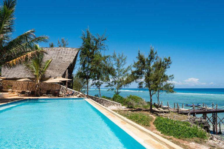 Sunshine Marine Lodge 4*