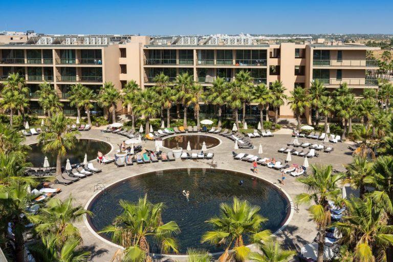 Salgados Palm Village Apartments & Suites 4*