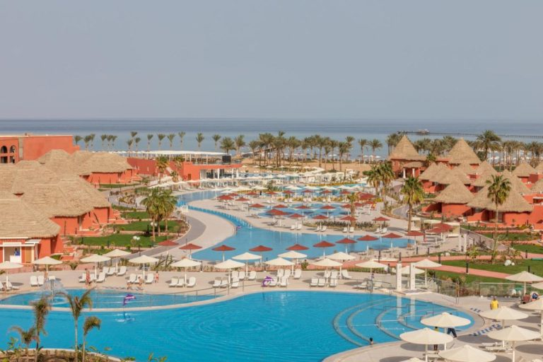 Albatros Laguna Vista Resort 5* (families and couples only)