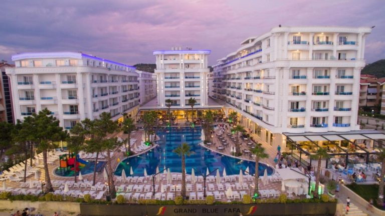 Grand Blue Fafa Resort & SPA 5*