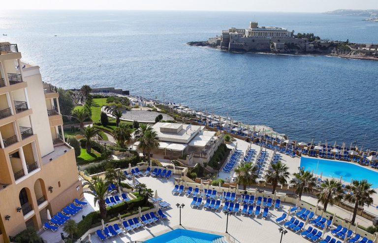Revelion 2022 in Malta - Corinthia Hotel St. George's Bay 5*