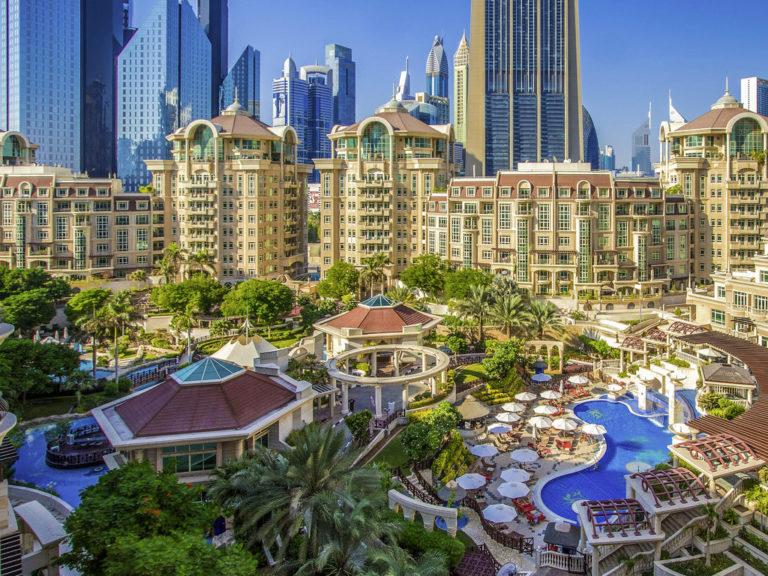 Swissôtel Al Murooj Dubai 5*